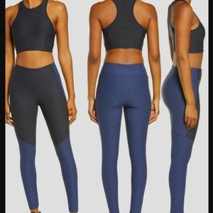 Outdoor Voices Two-Tone Cropped Navy Leggings S
